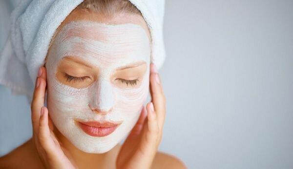 Увлажняющая маска для лица в домашних условиях