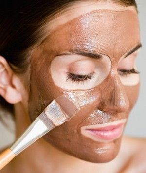 Красная глина для лица: полезные свойства и рецепты.