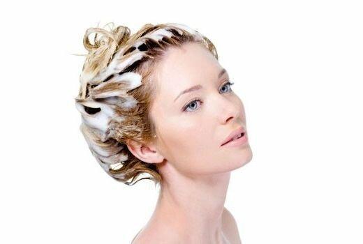 Чем эффективно можно отмыть краску для волос с кожи.