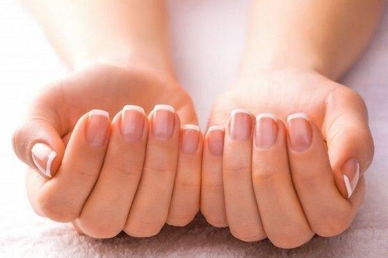 Блондинки течет красивые руки девушек фото