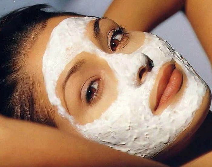 Белая глина для лица: плюсы ее использования. Рецепты масок из белой глины