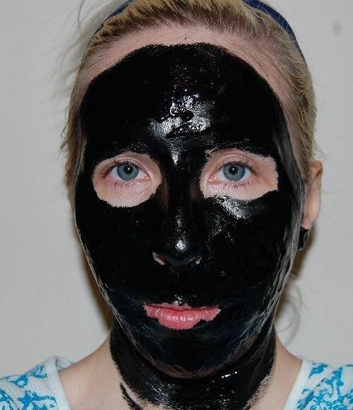 Черная глина для лица. Маски из черной глины.